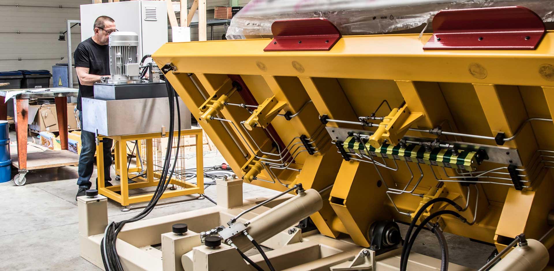 slider-2_pls-hydraulics